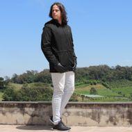 o-que-usar-no-inverno-masculino-casaco-preto