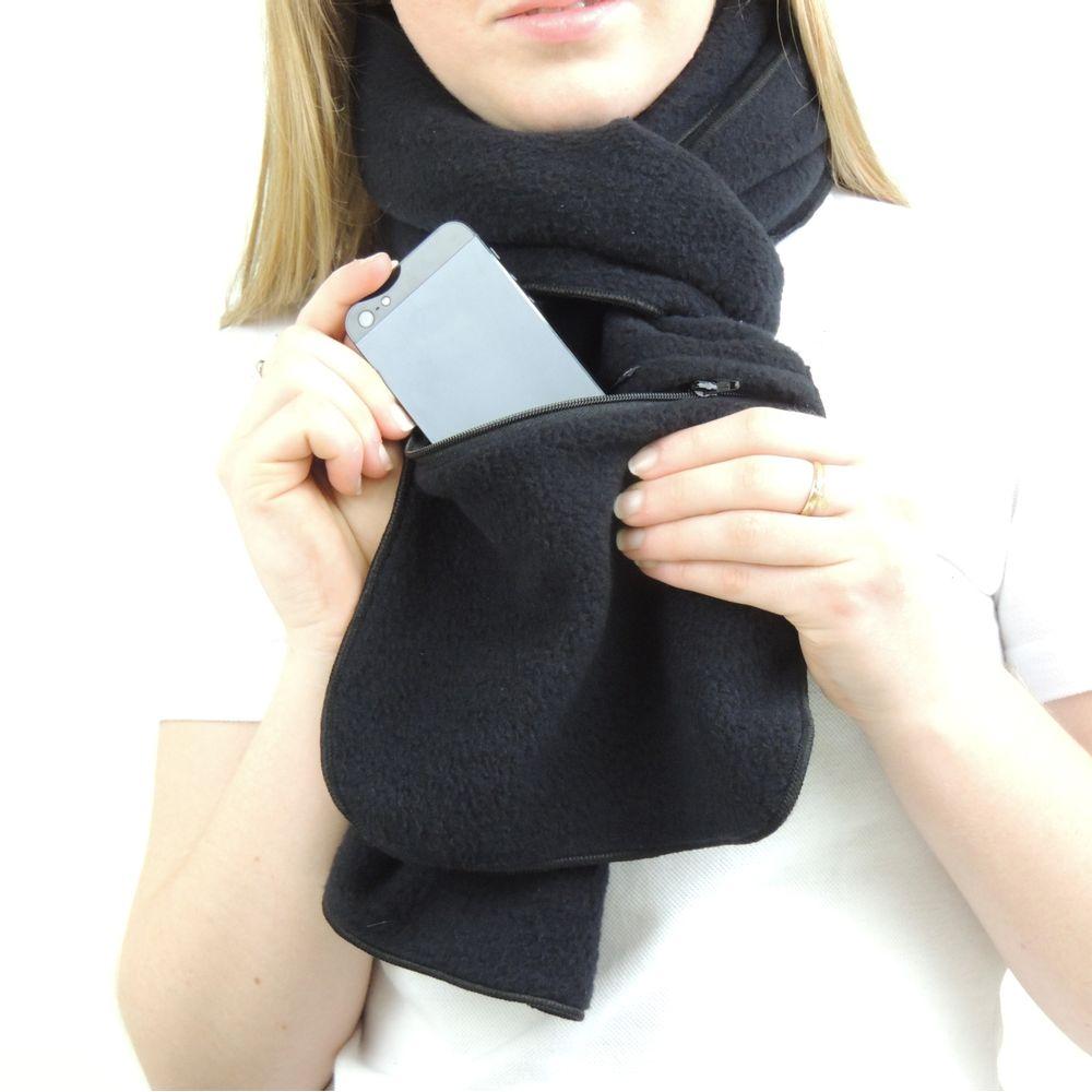 Cachecol Térmico para o inverno, frio e neve. Modelo Zíper Bag Thermo Fleece. É extremamente leve, quente e agradável ao toque. Confeccionado em dupla camada, com bolso de zíper na parte inferior. Marca FIERO.
