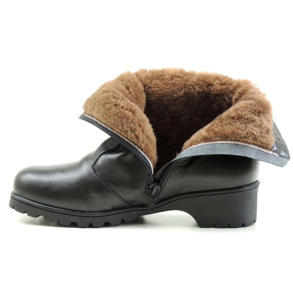 Bota Fiero Linha Neve. Modelo feminino. Forrada 100% em lã natural de carneiro e couro legítimo com tratamento impermeabilizante. Ideal para caminhadas na neve e lugares de frio intenso. Cano curto.