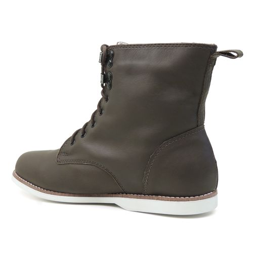bota-marrom