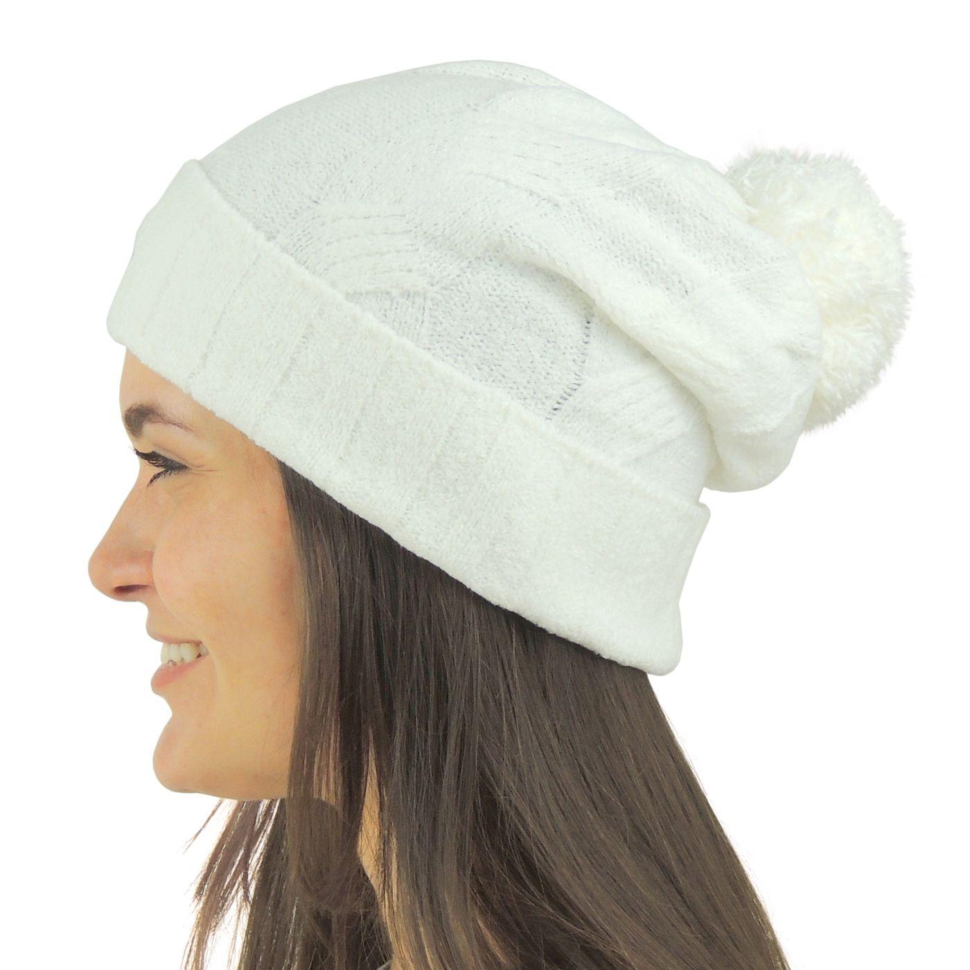 db86b5bc815f8 Gorro Feminino Pompom Off White Chelsea para o inverno - fieroshop