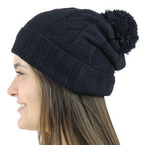 gorro-preto-trico-com-pompom-fiero