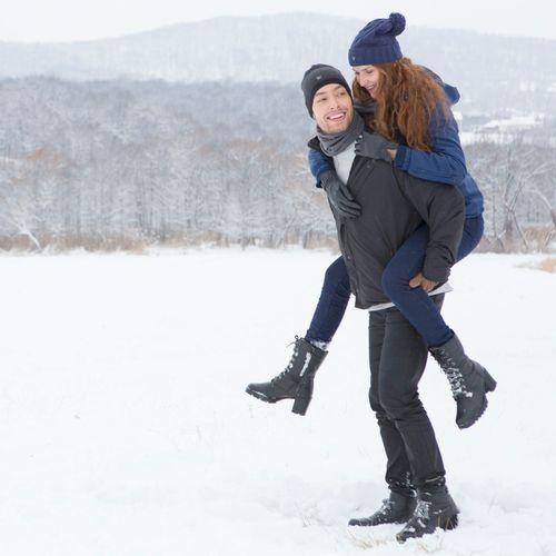 foto-gorro-azul-neve