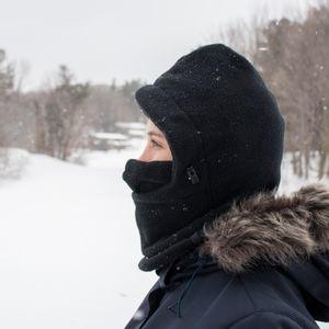 balaclava-feminina-para-neve-e-frio-extremo