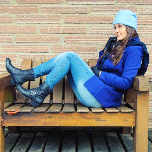 casaco-feminino-azul-em-la-uruguaia-fiero-min