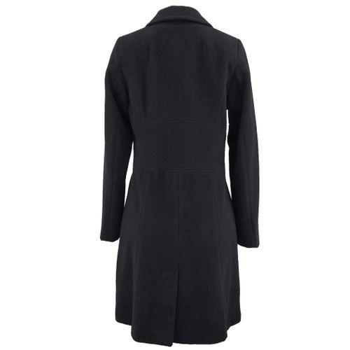casaco-longo-preto-da-fiero-para-o-inverno