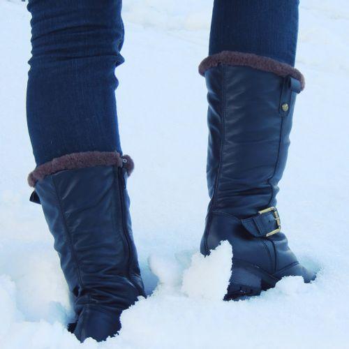 bota-em-couro-preto-para-neve