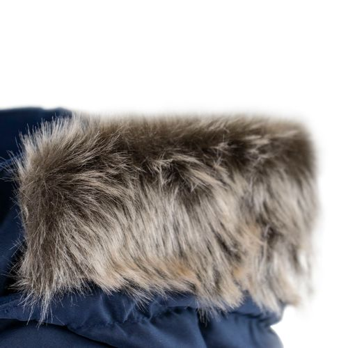 casaco-com-pelo-no-capuz