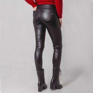 calca-termica-preta-feminina-para-o-frio-intenso-cirre