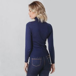 trico-azul-fiero-gola-alta-feminino
