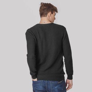 trico-preto-masculino-gola-v-da-fiero