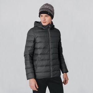 jaqueta-preta-masculina-com-pena-de-ganso-e-capuz-removivel-fiero-para-o-frio