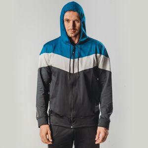 casaco-termico-com-tres-cores-masculino-e-com-capuz