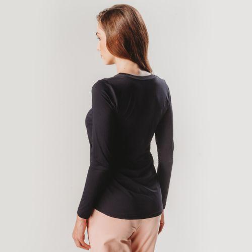 camiseta-manga-longa-alongada-preta-feminina