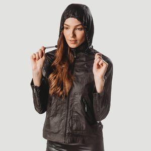 jaqueta-corta-vento-preta-com-capuz