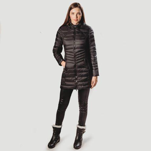 look-de-inverno-com-casaco-preto-longo-corralco-fiero