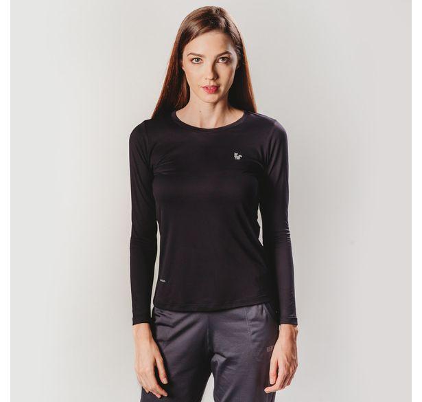 camiseta-manga-longa-preta-para-caminhada