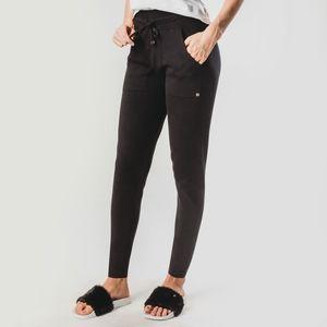 calca-jogger-feminina-trico-preto-siena