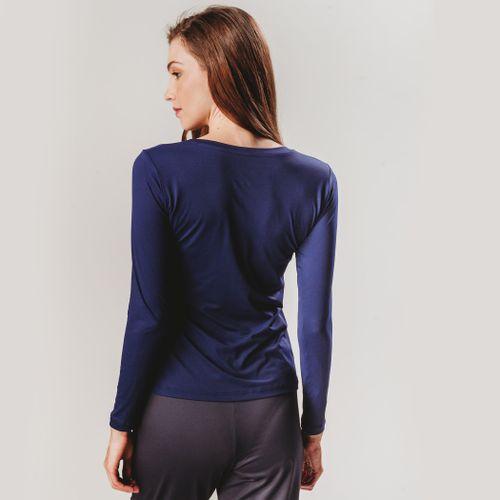 camiseta-feminina-com-tecido-de-alto-desempenho