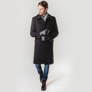 look-masculino-de-inverno-com-sobretudo-preto