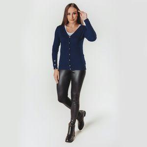 look-feminino-com-cardigan-azul