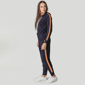 trico-fiero-azul-com-listra-laranja-look-completo